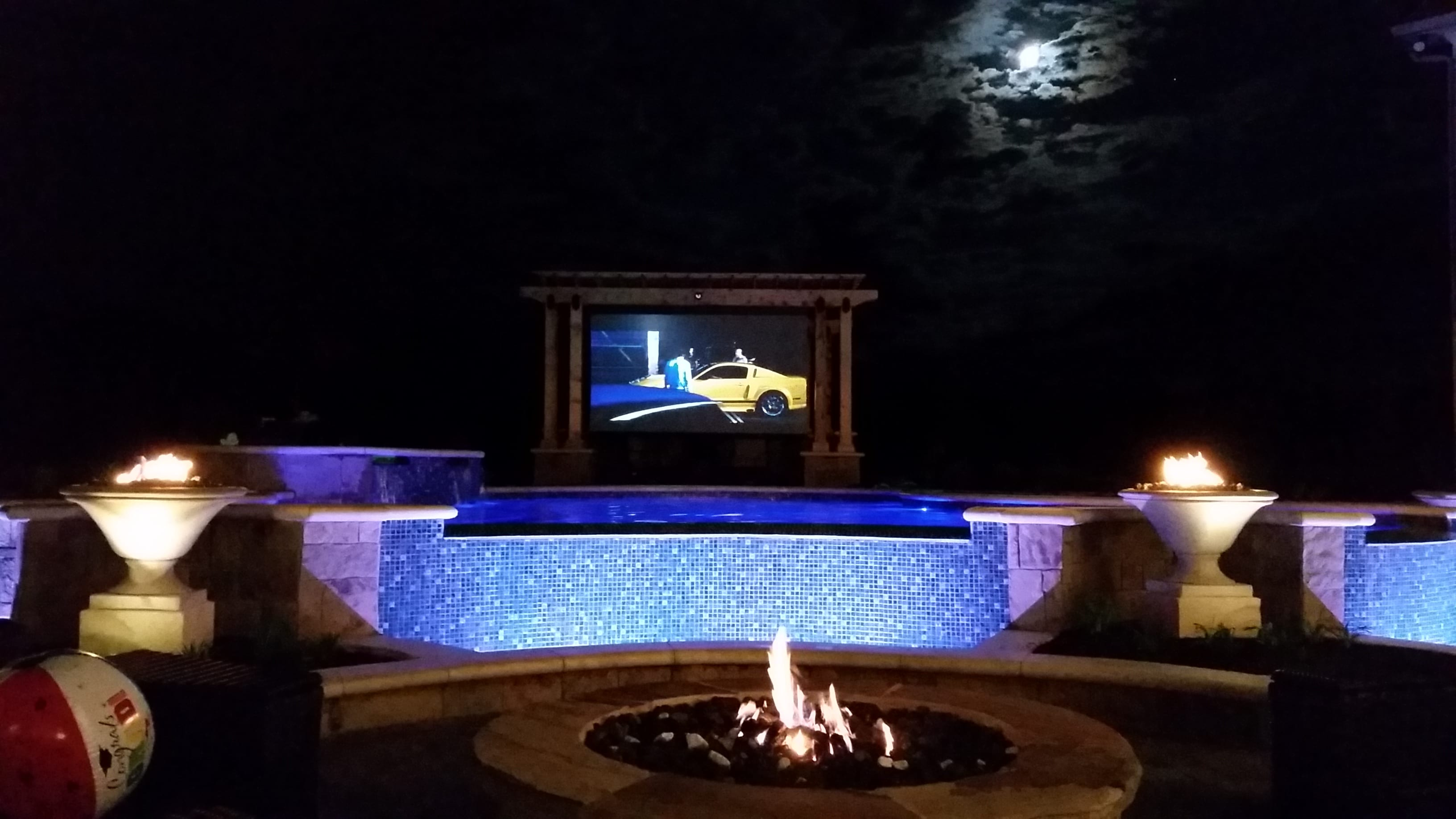 Pool Side TV